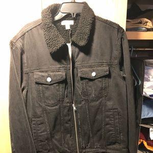 Nordstrom black denim jacket with Sherpa collar